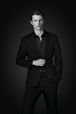 Total Black Uomo Matrimonio : Boss moda elegante in nero per uomo e donna hugo boss