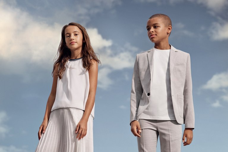 aa692565a7f6c Novedosa moda infantil para niños creada por HUGO BOSS
