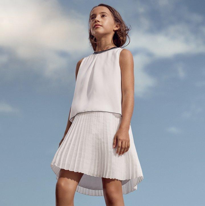 c12429d73 Novedosa moda infantil para niños creada por HUGO BOSS
