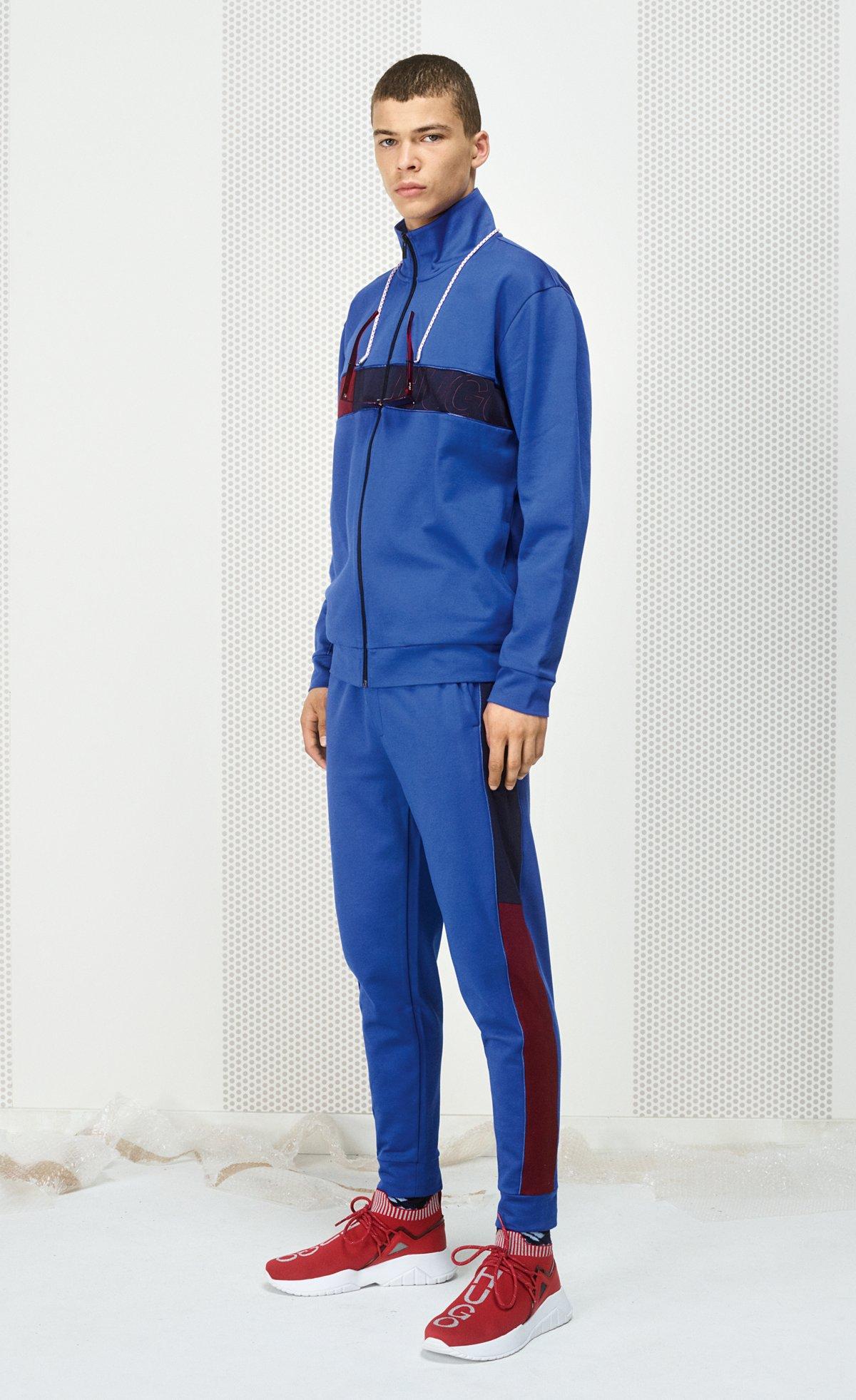 c10a683fe Cómo vestir en estilo athleisure sin hacer ejercicio
