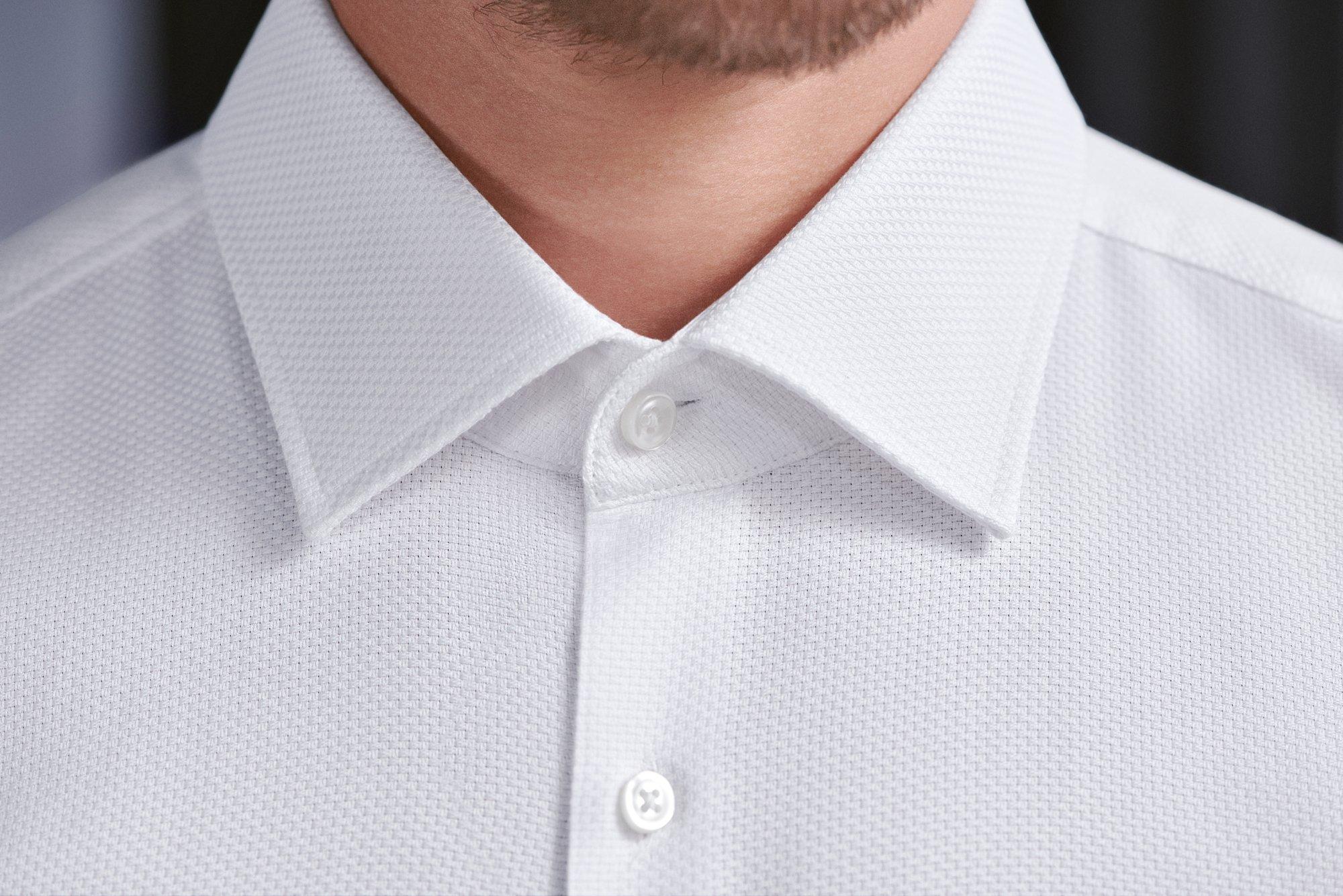 """从精致合身的衬衫到干净利落的配饰,BOSS为你的""""完美""""之路增添一抹鲜明的态度"""