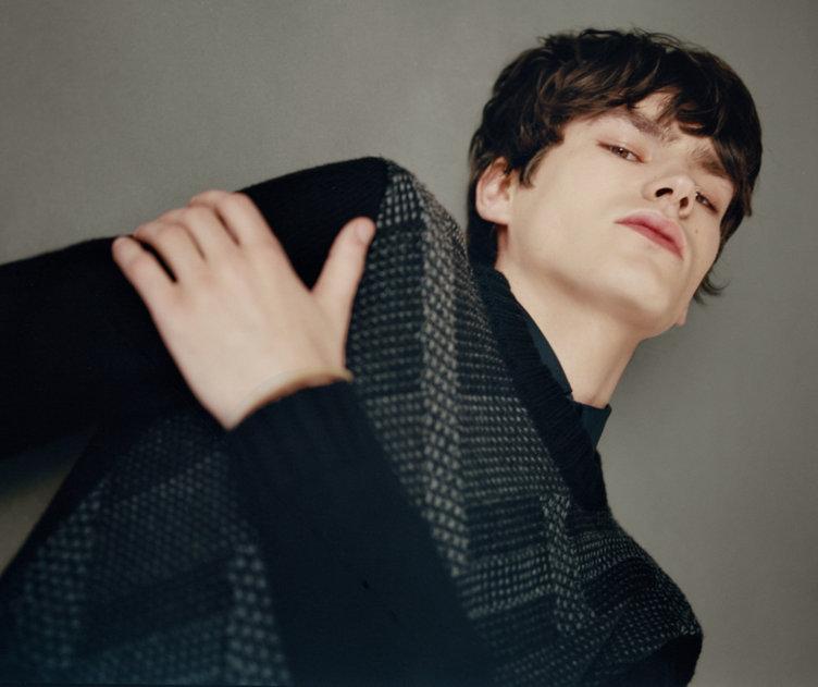 Schwarzer Pullover von HUGO
