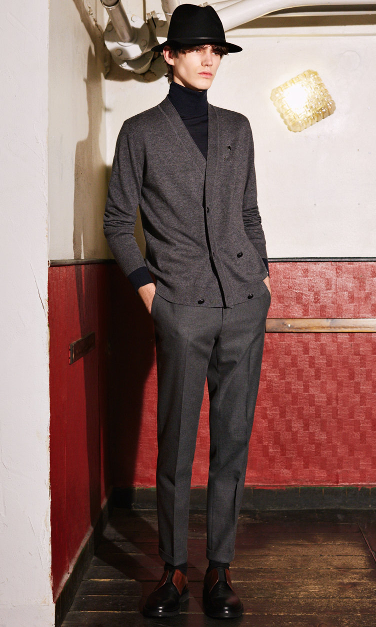 Navy Knitwear, grey trousers, black hat and shoes by HUGO