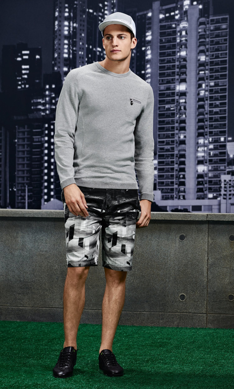 Grey pullover, white longsleeve, patterned shorts, hat, belt and shoes by BOSS Green