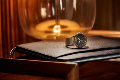 Reloj chapado en tono oro rosado con pulsera de malla