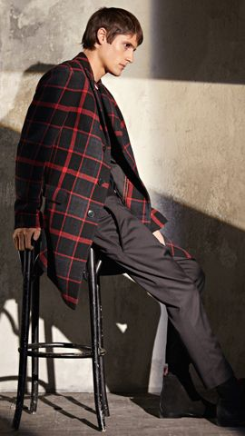 HUGO_Men_FW17_Look_18,
