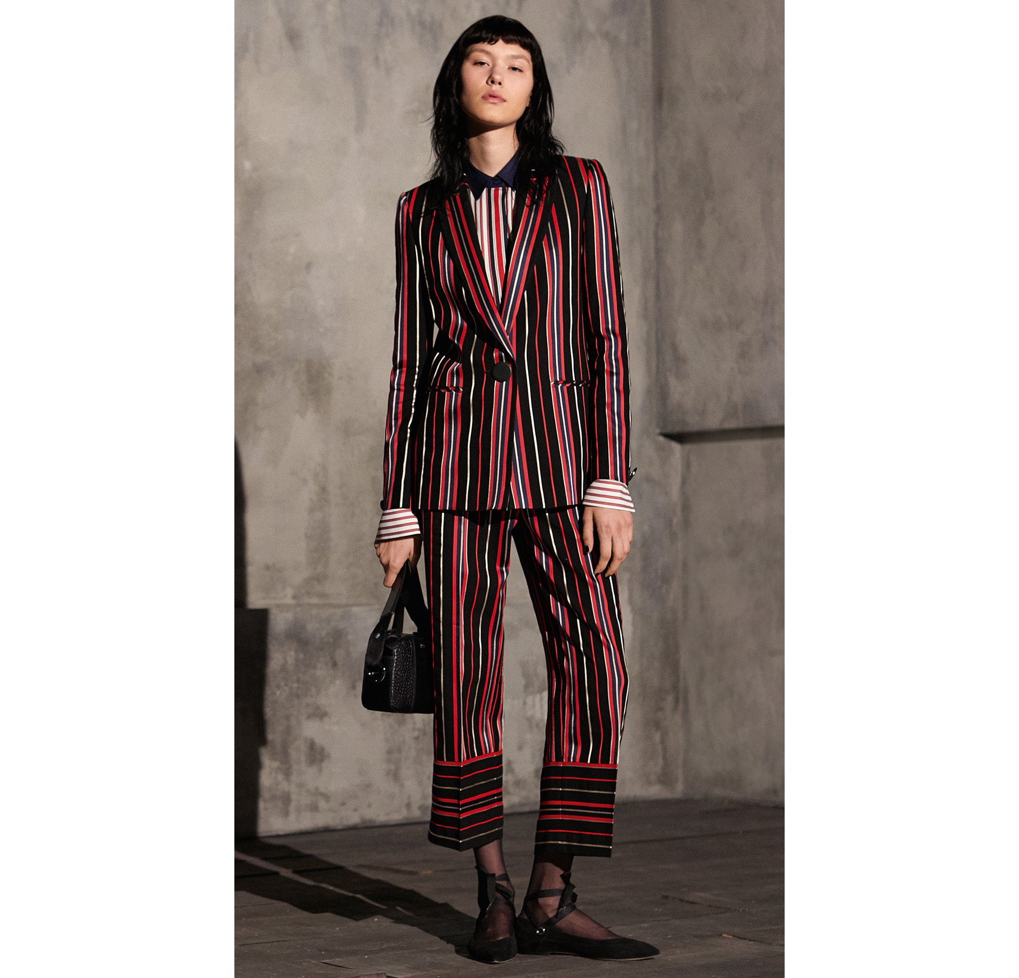 HUGO_Women_FW17_Look_1,