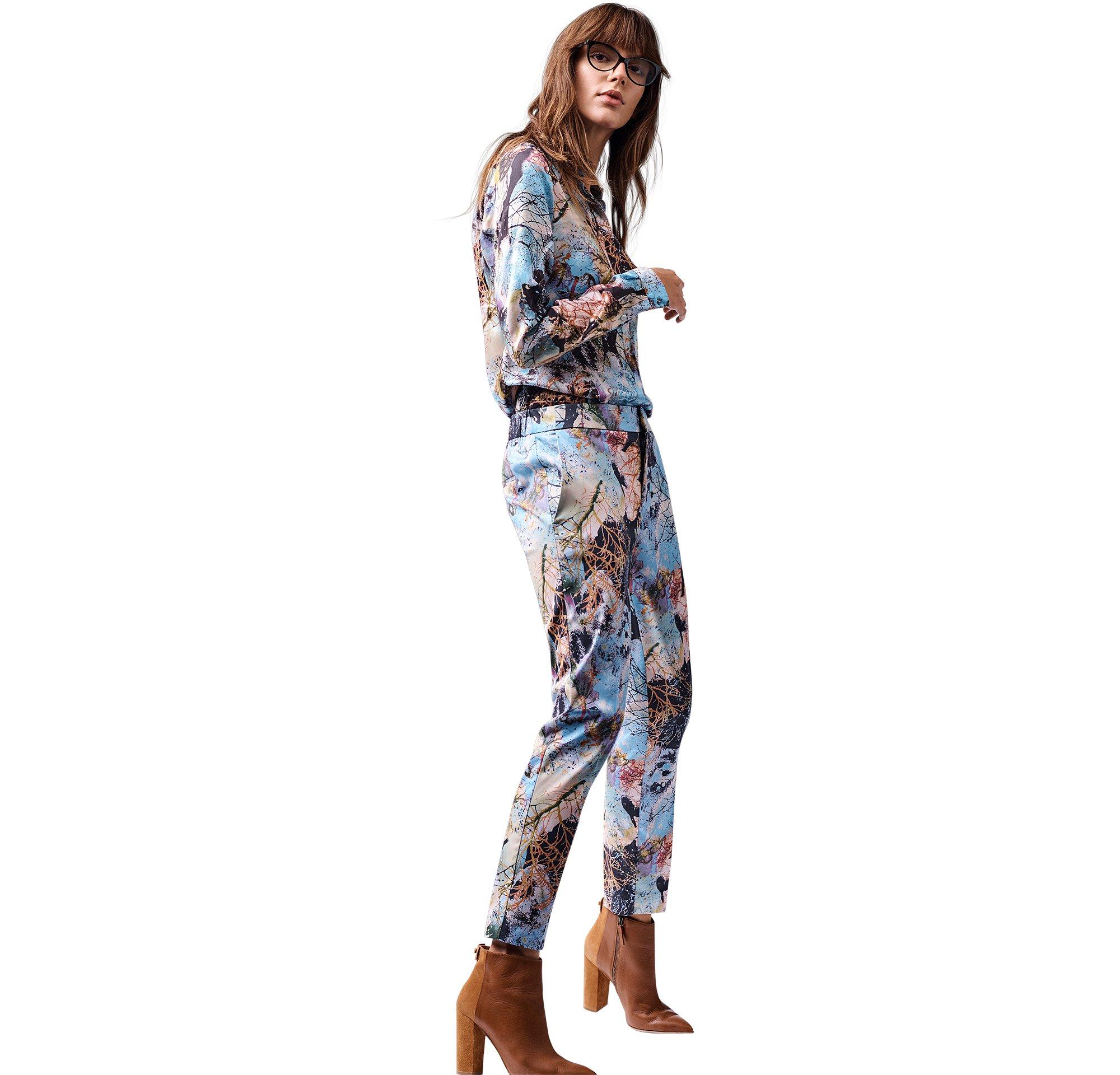 BOSS_ORANGE_Women_PF17_Look_3