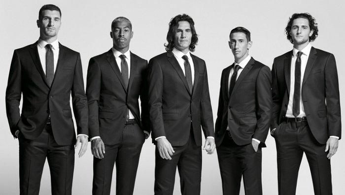 El club de fútbol profesional Paris Saint-Germain vestido con trajes BOSS