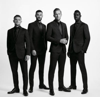 Tottenham team dressed in BOSS suits