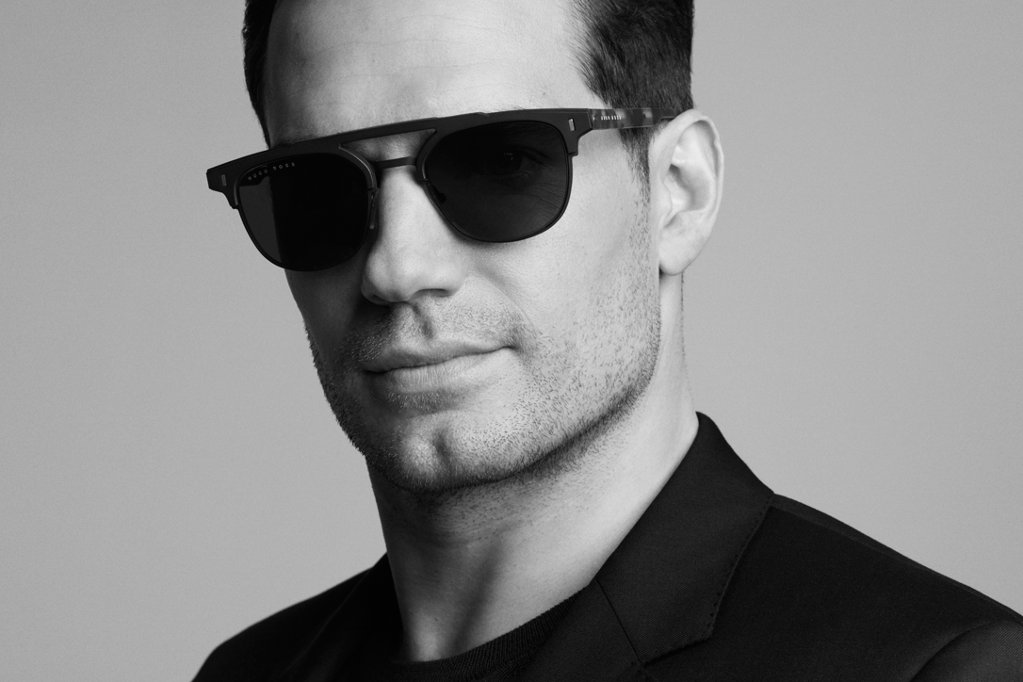 b9fb7abad ... Henry Cavill as a new ambassadeur for BOSS Eyewear.  W18PF_BM_Eyewear_Interview_long