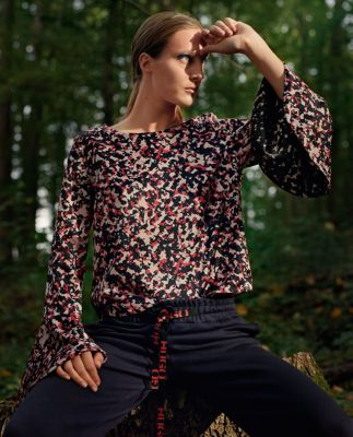 Camouflage-print top with volant sleeves