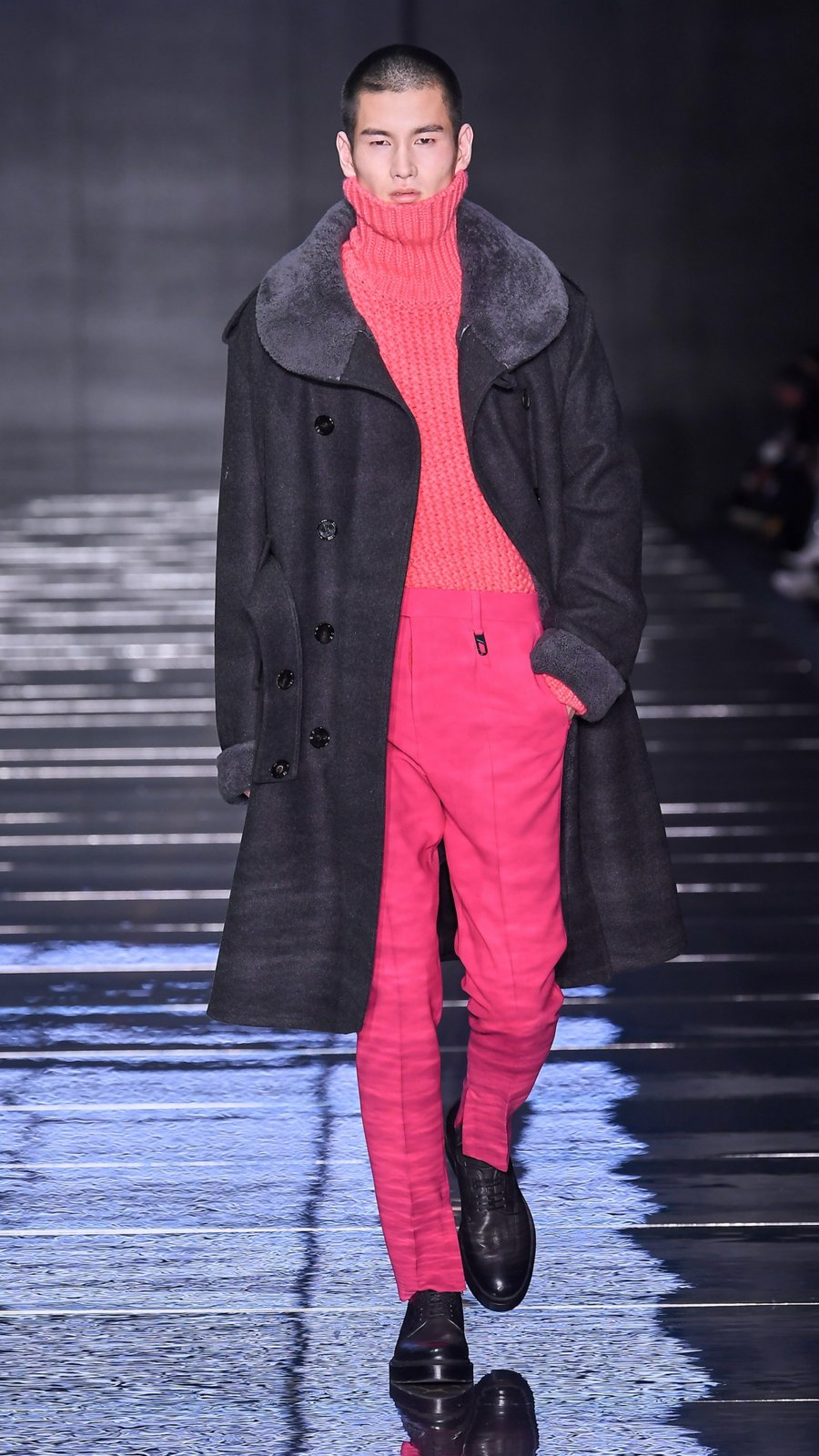 ffe3be73723f Runway look from the BOSS fashion show Fall Winter 2019 ...