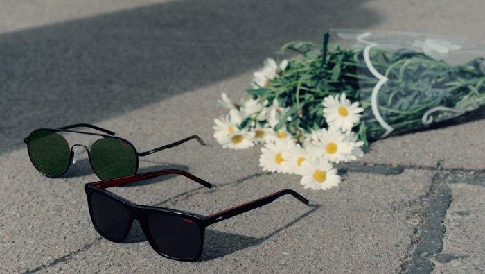 Models mit Sonnenbrillen aus der neuen Eyewear Kollektion von HUGO