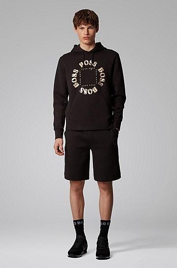 男士层叠金属徽标连帽运动衫,  012_炭黑色