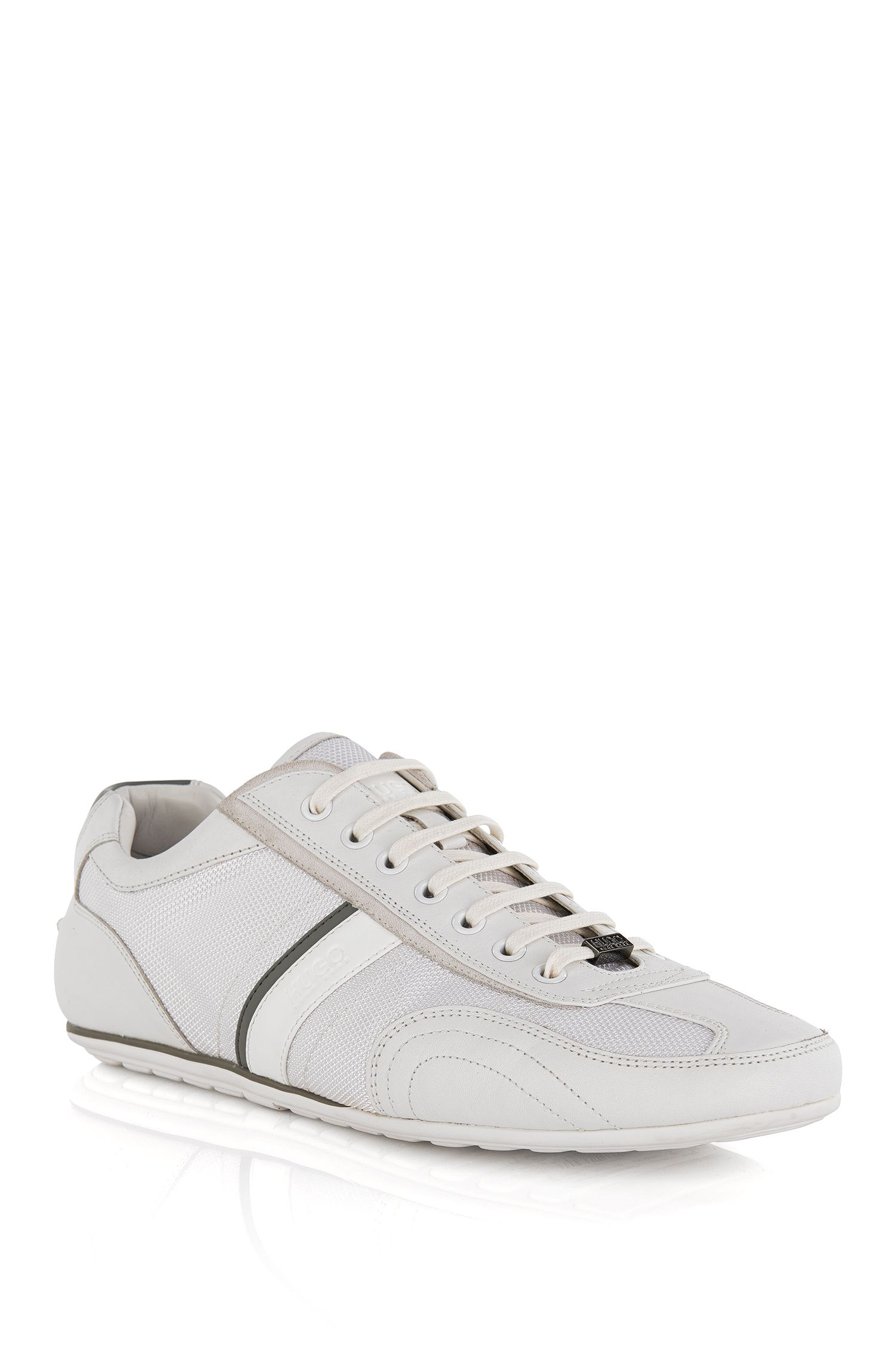 Lace-up trainers with leather stripe