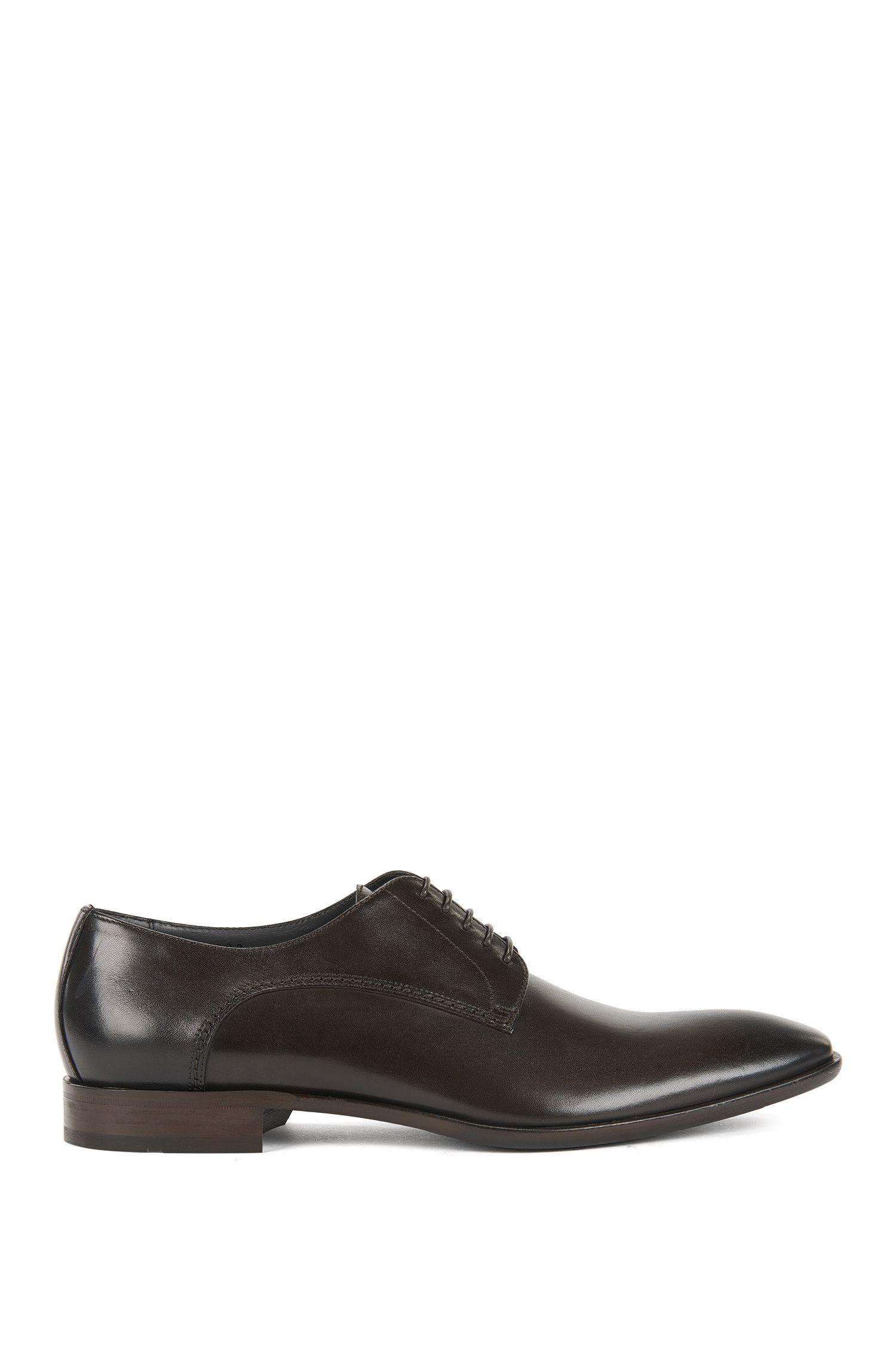 Oxford-Schuhe aus Leder in antiker Optik
