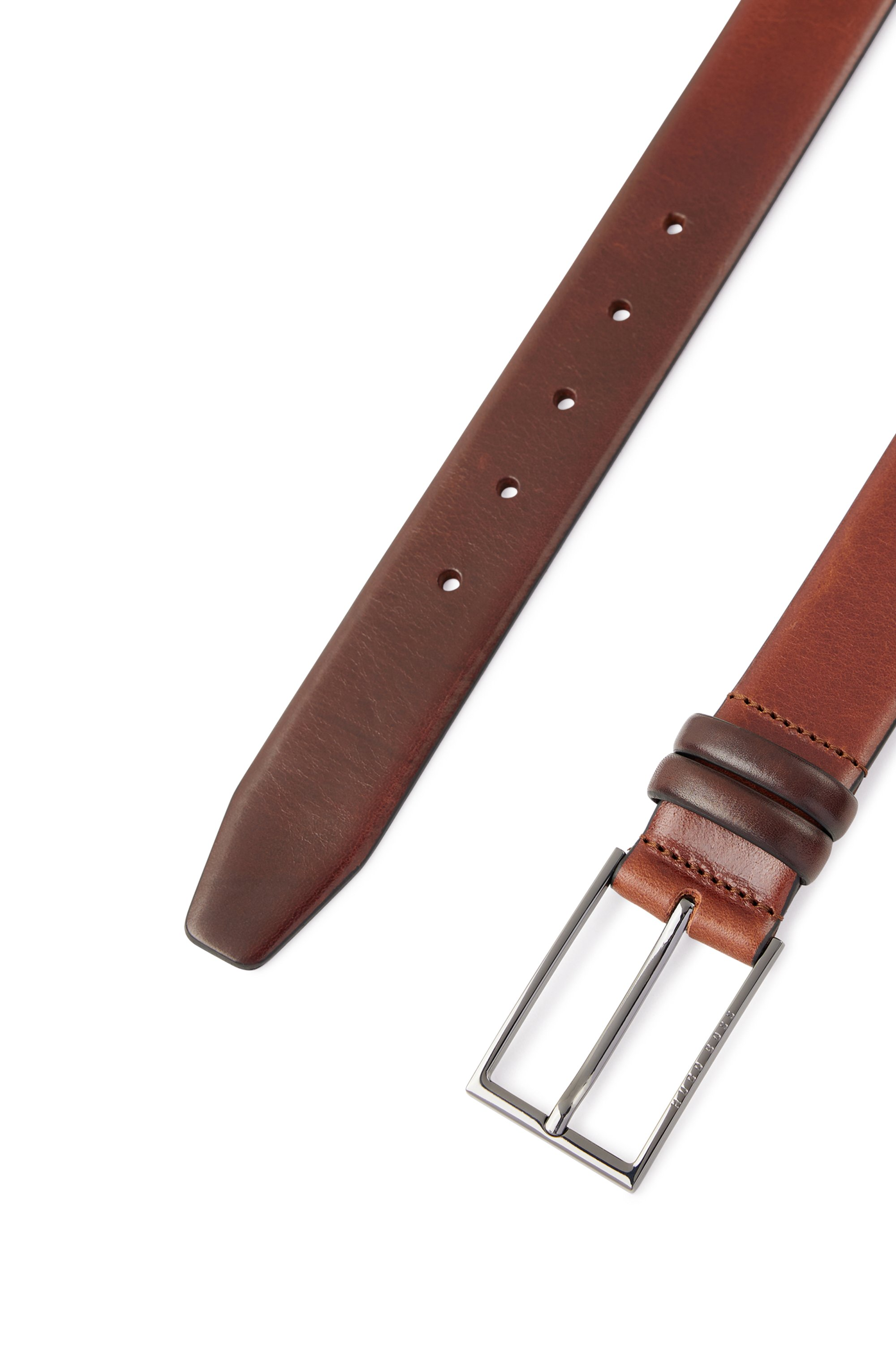 Vegetable-tanned leather belt with gunmetal hardware