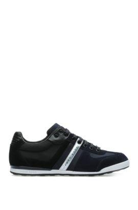Schlichte Sneakers mit Hightech-Konstruktion, Dunkelblau