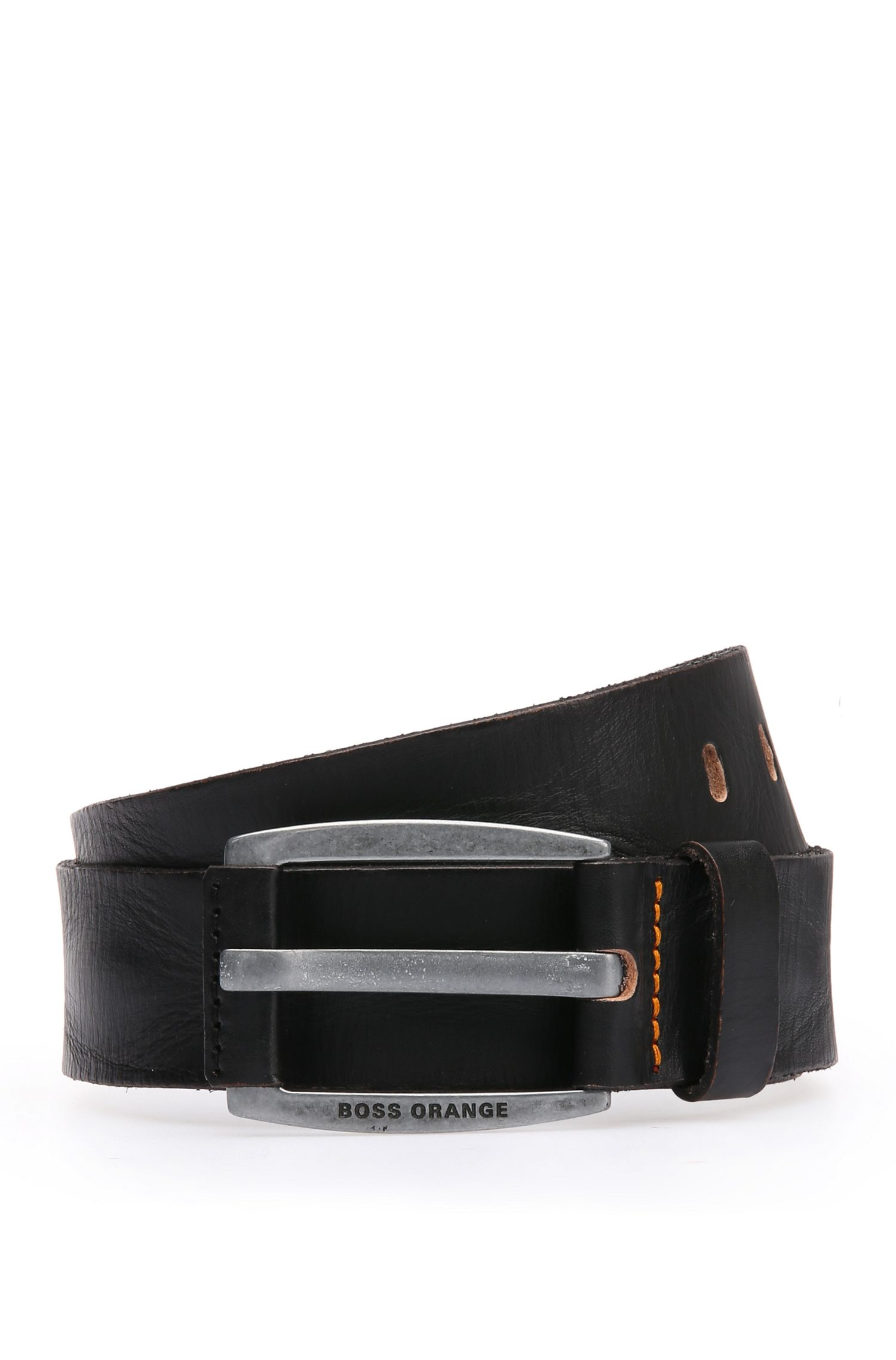 Leather belt with vintage-inspired buckle