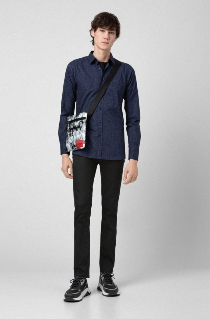 Jeans HUGO Homme Slim Fit en denim Stay Black