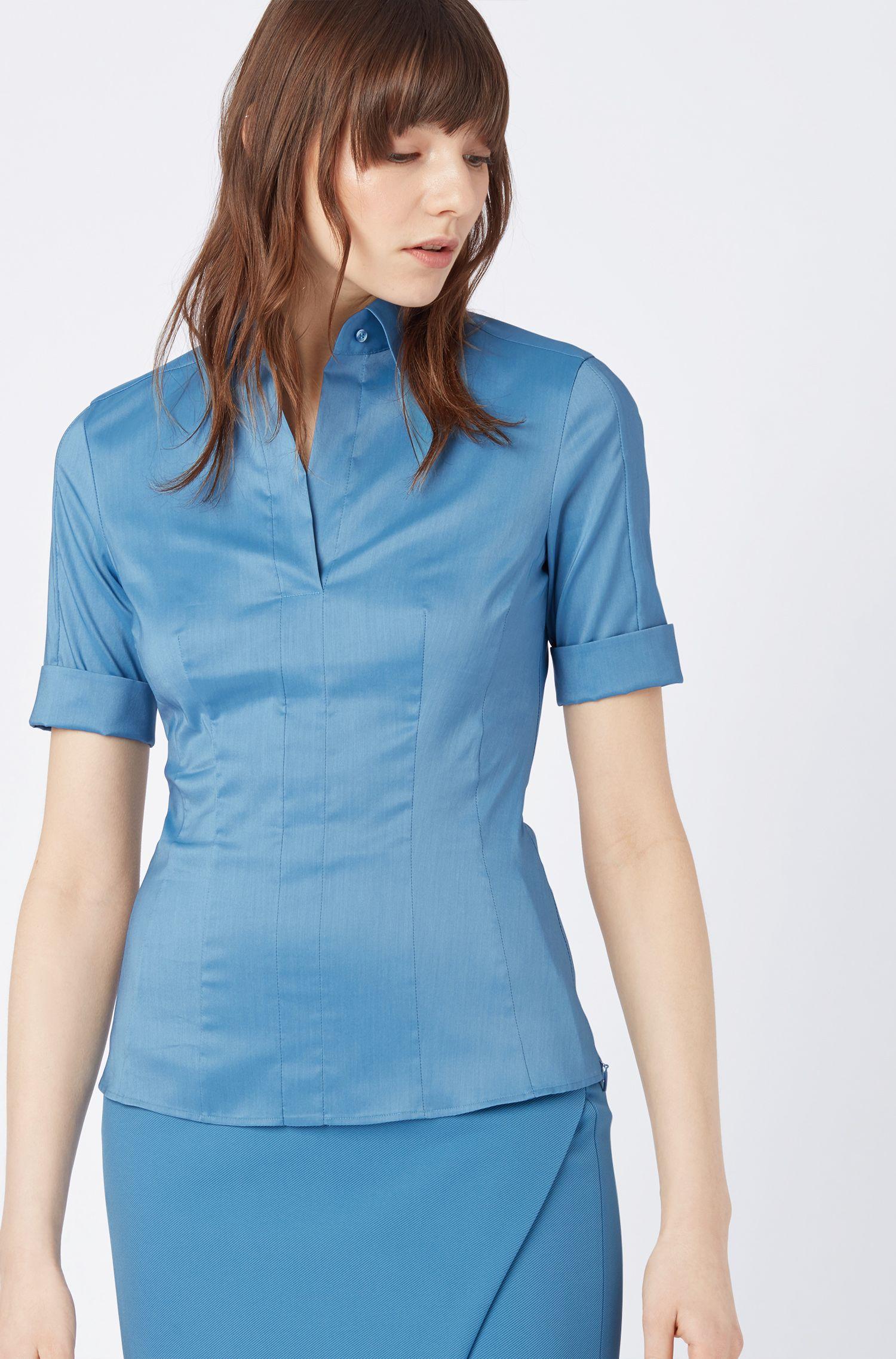 Slim-Fit Bluse aus Baumwoll-Mix mit angedeuteter Knopfleiste , Blau
