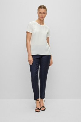 Gently tailored crepe top , White