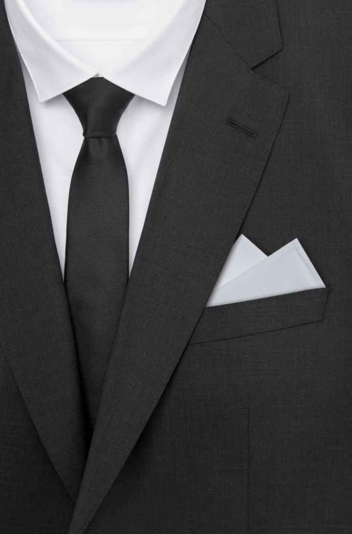 Pocket square in cotton poplin