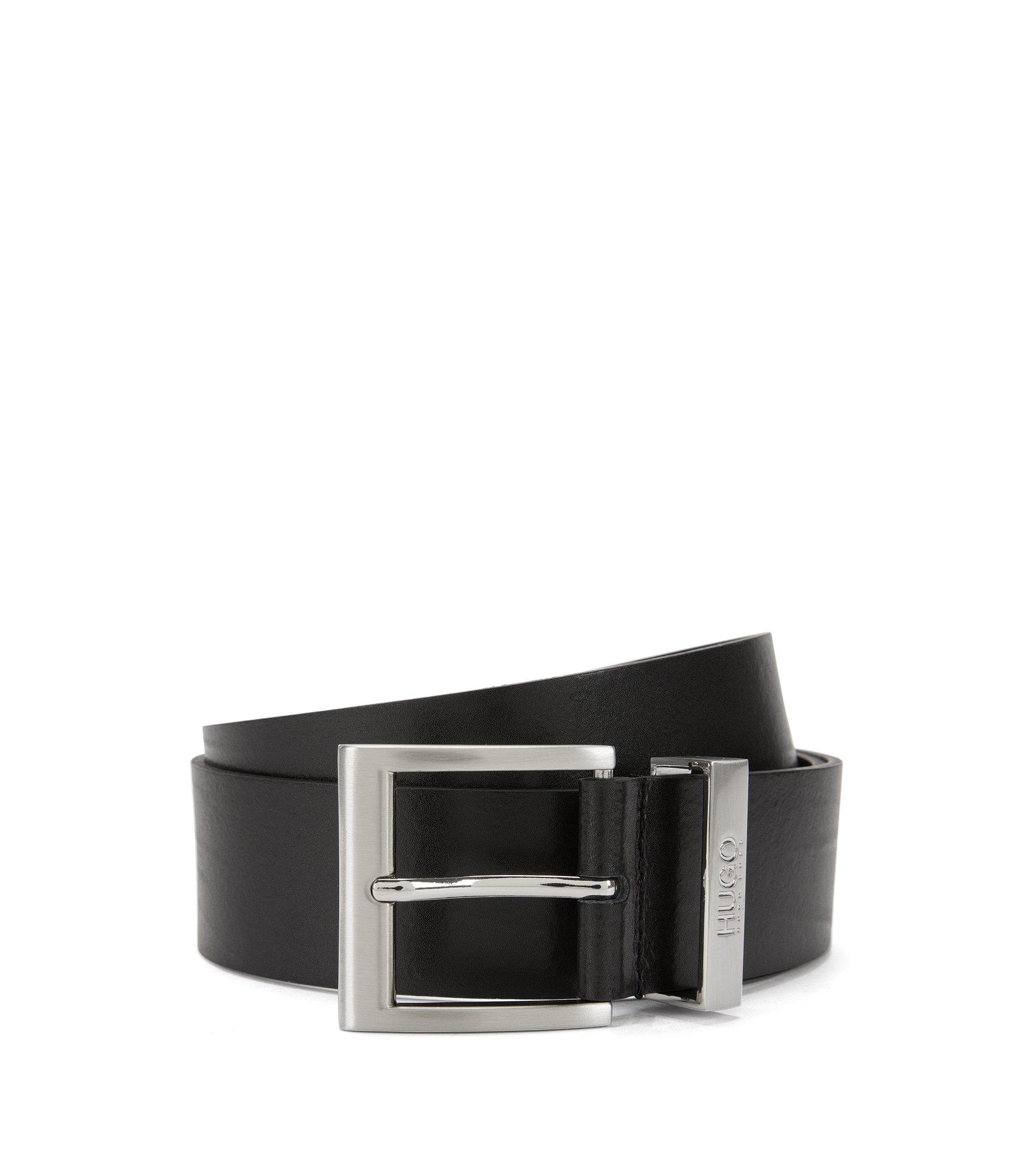 Cinturón de piel con textura fina y hebilla metálica, Negro
