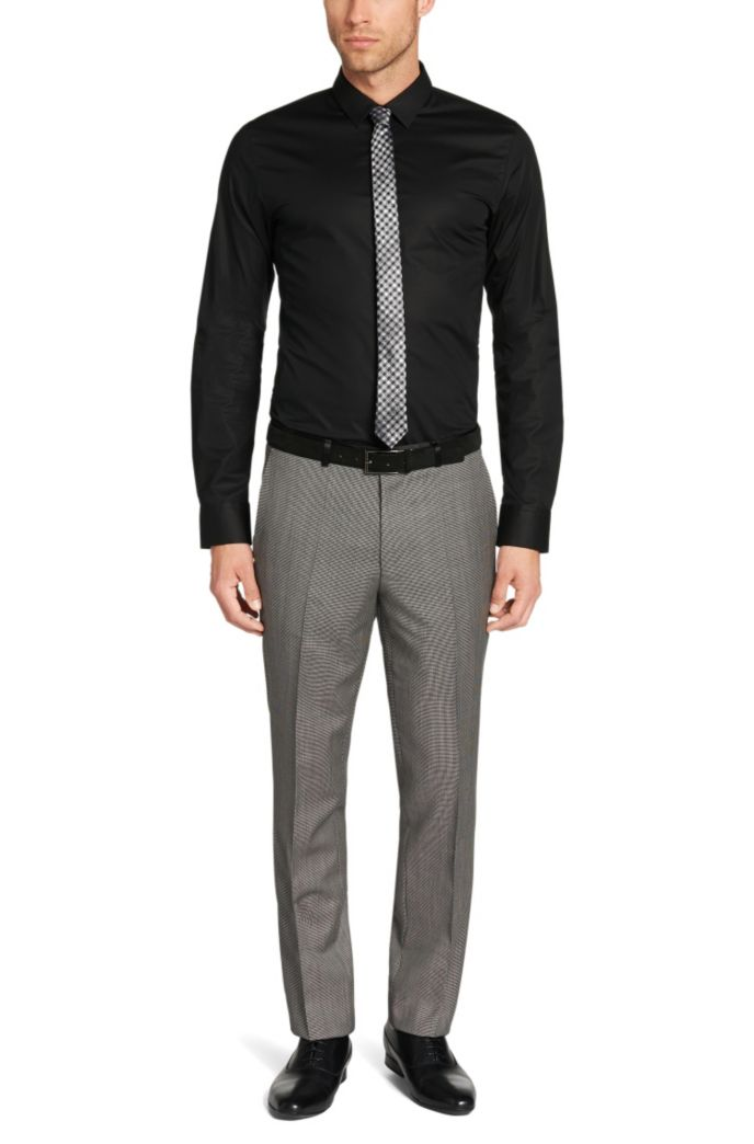 Chemise Extra Slim Fit en coton stretch, avec coutures distinctives