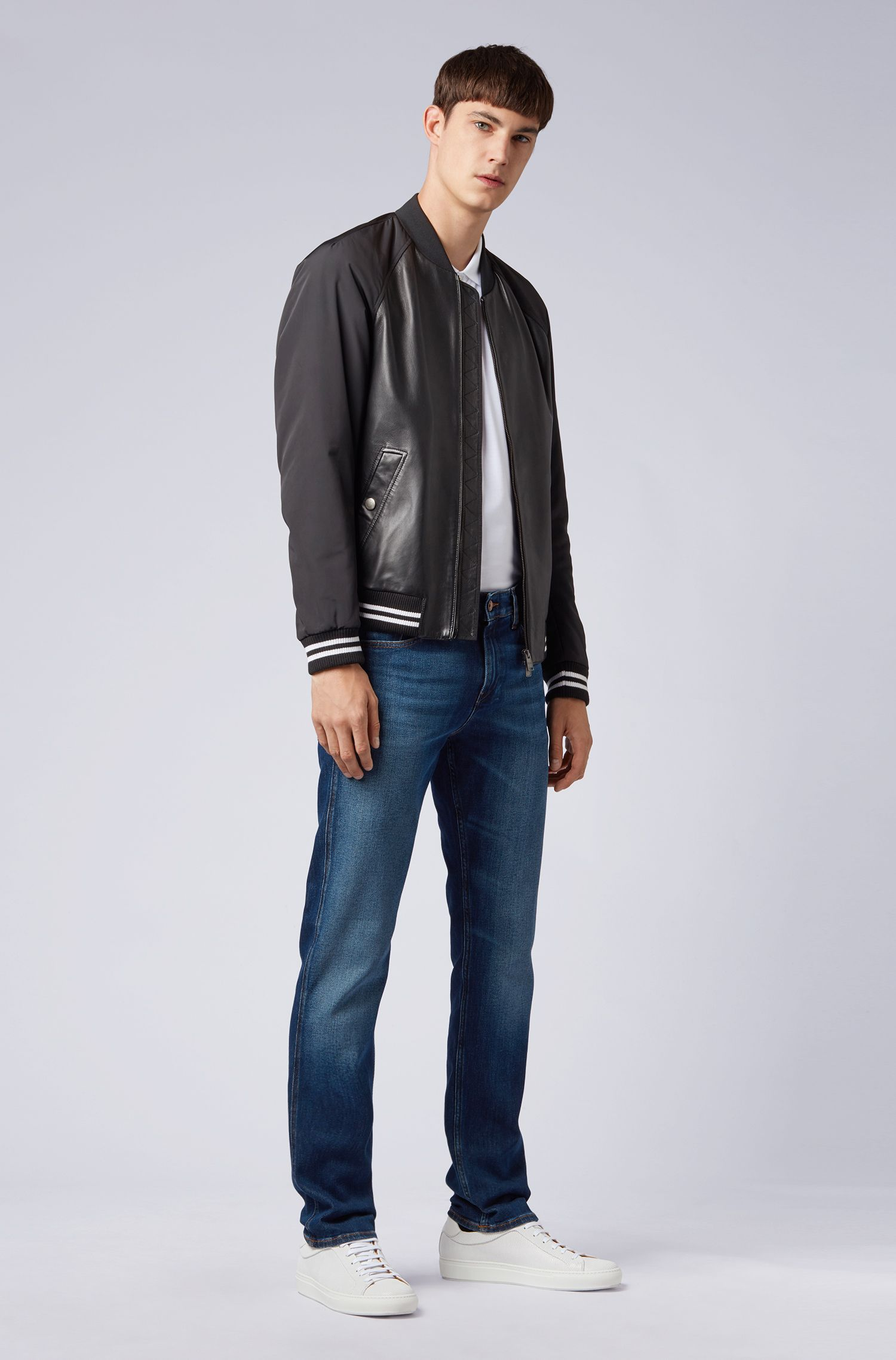 Slim-Fit Jeans aus Stretch-Denim, Blau