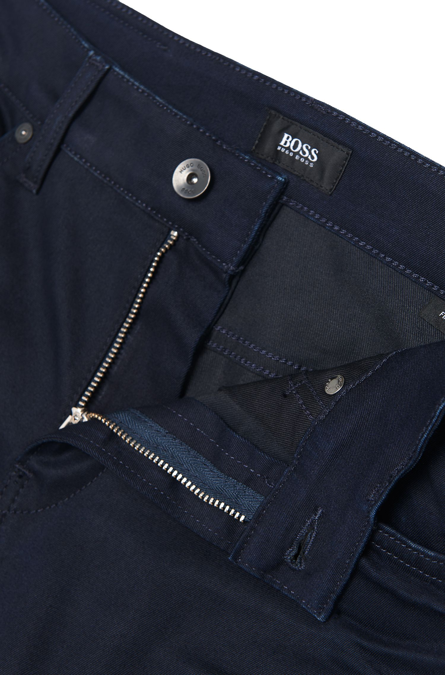 Jeans Slim Fit en denim italien fin