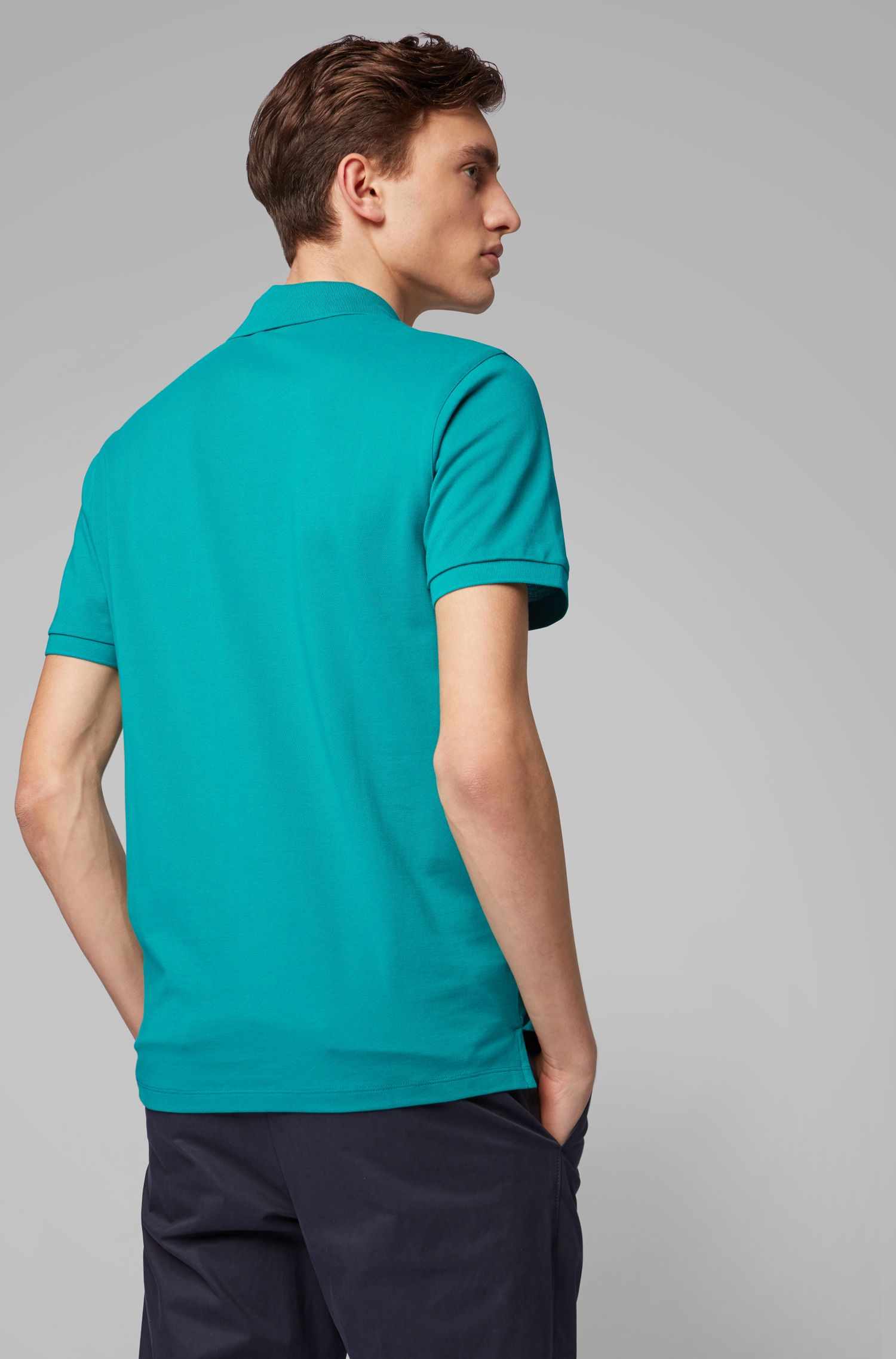 Polo Regular Fit en piqué fin, Vert