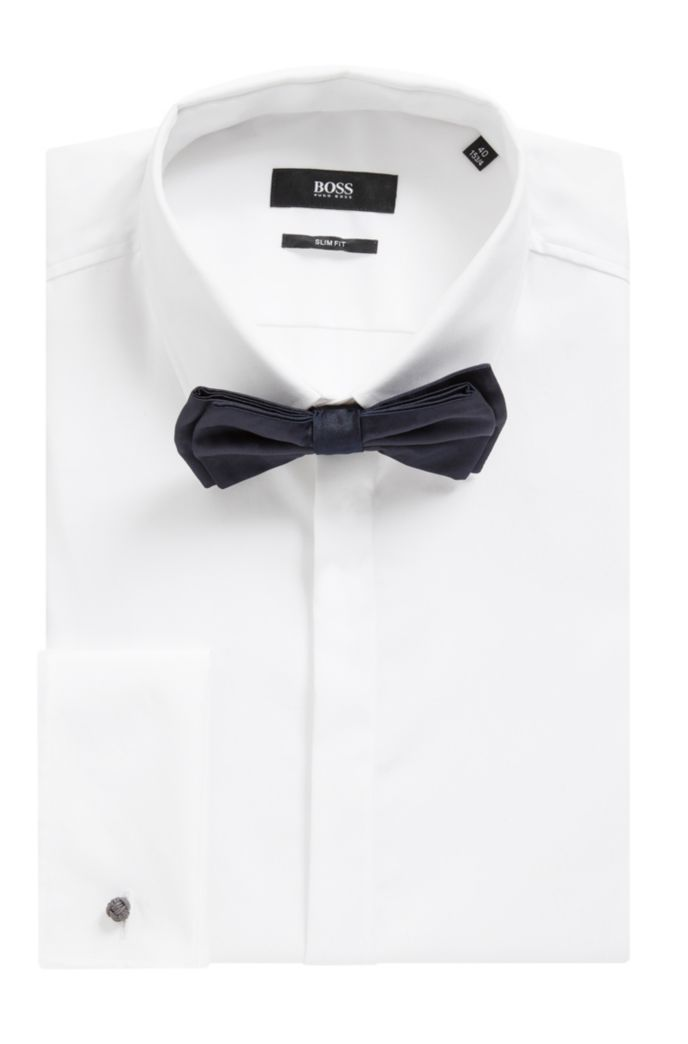 Italian-crafted bow tie in jacquard-woven silk