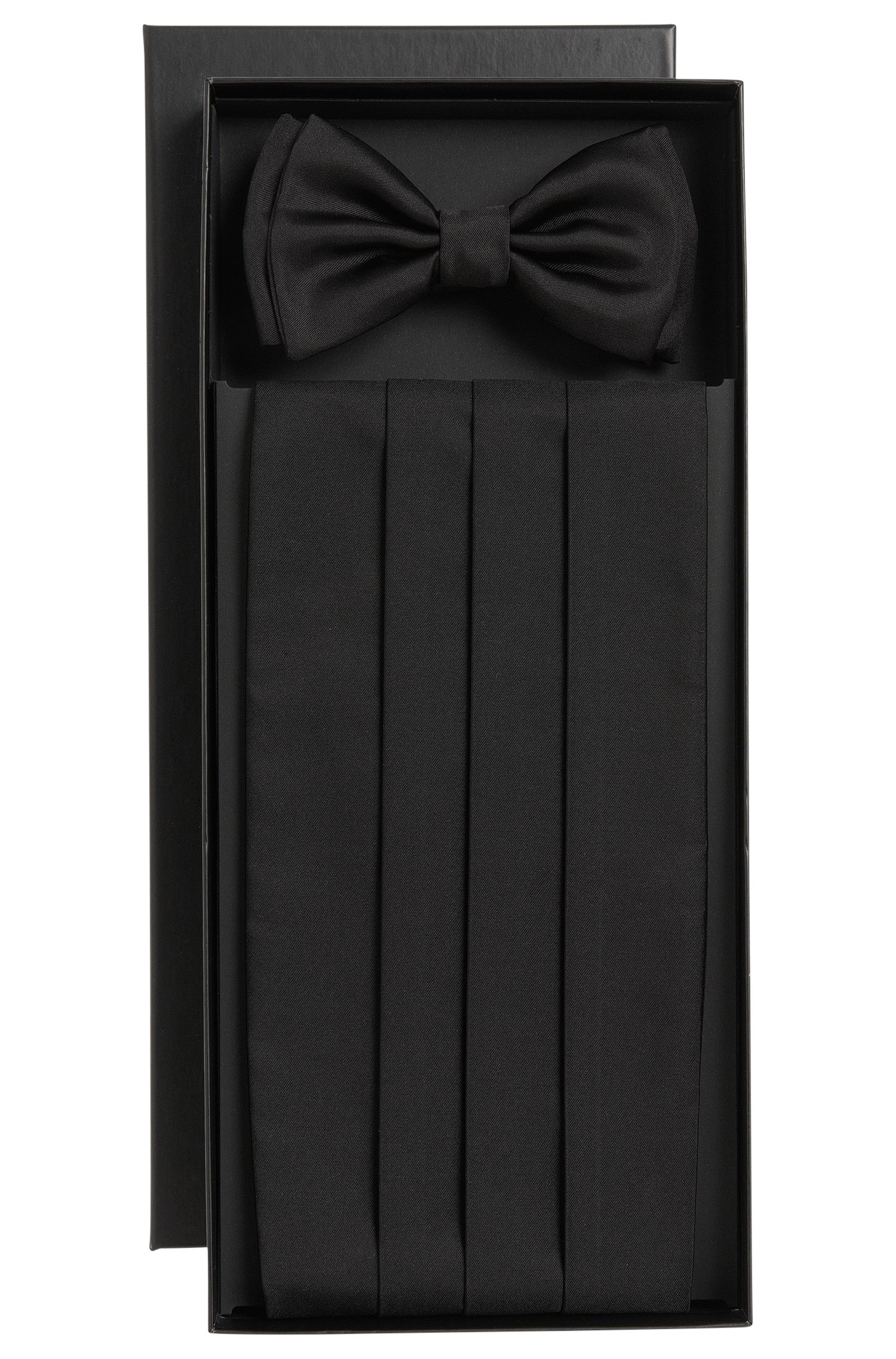 Silk bow tie and cummerbund set