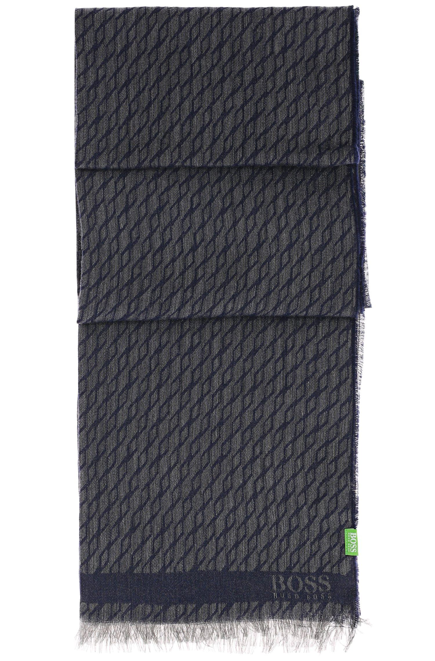 Sjaal van een katoenmix met dessin: 'C-Fidan'