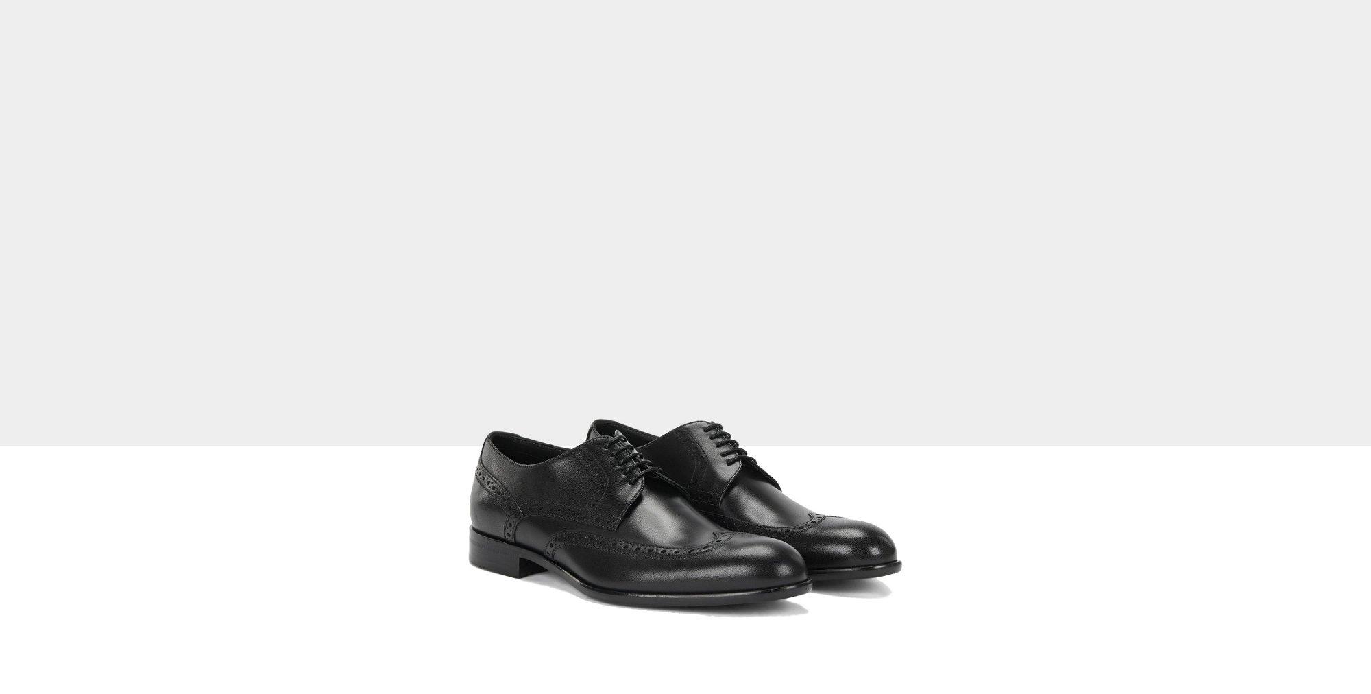 Schwarze Schuhe von BOSS