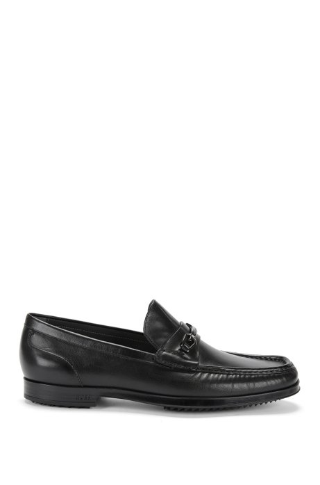 Moccasins in smooth leather with a low heel: 'Clamoc', Black