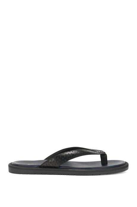 Leather toe separator sandals: 'Hampeg', Black