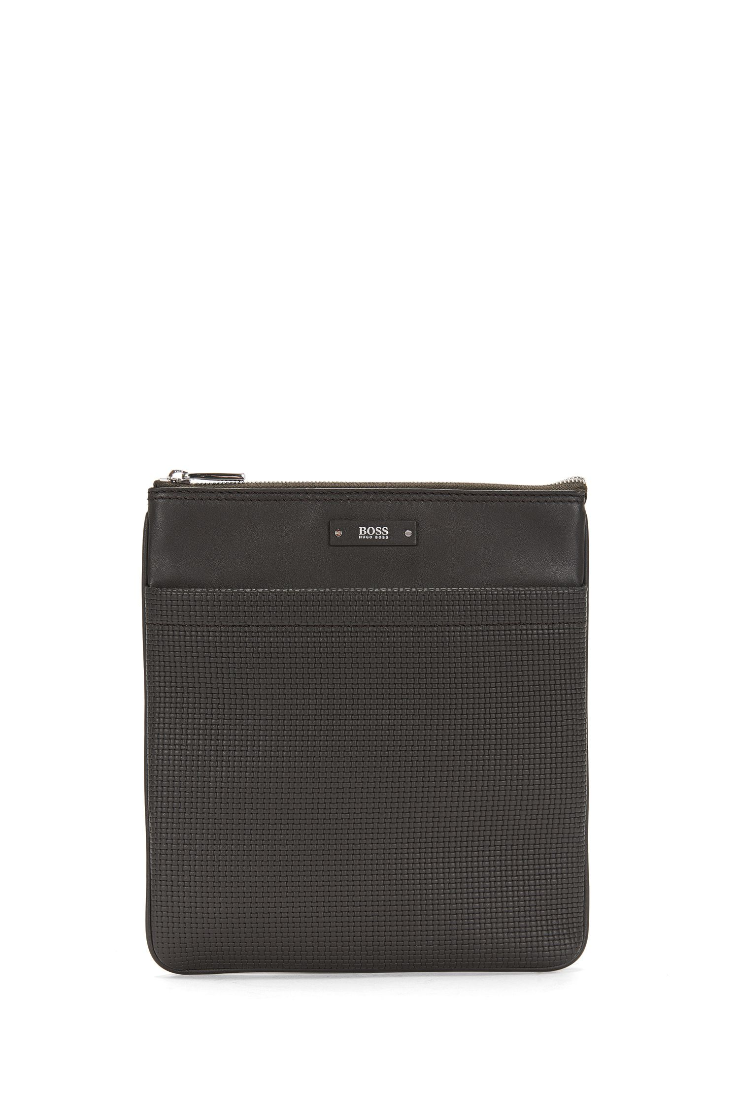 Leather shoulder bag with braided texture: 'Traveller B_S zip en'