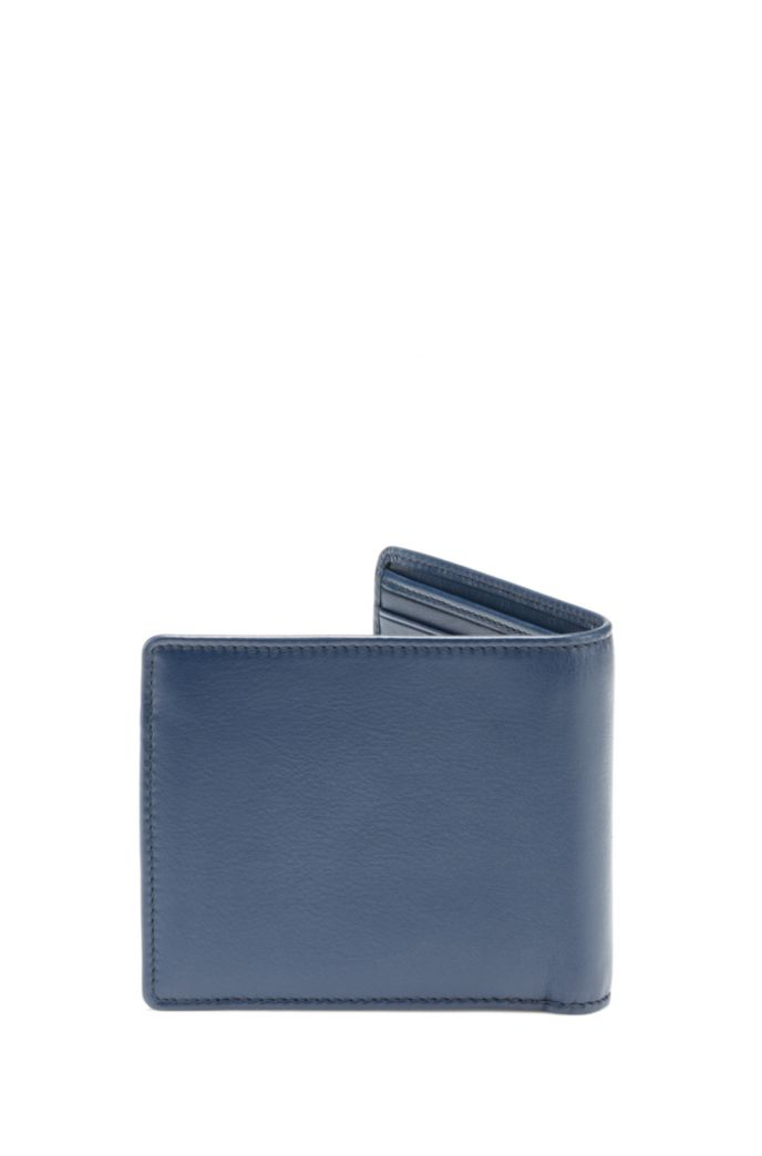 Bi-fold wallet in smooth leather