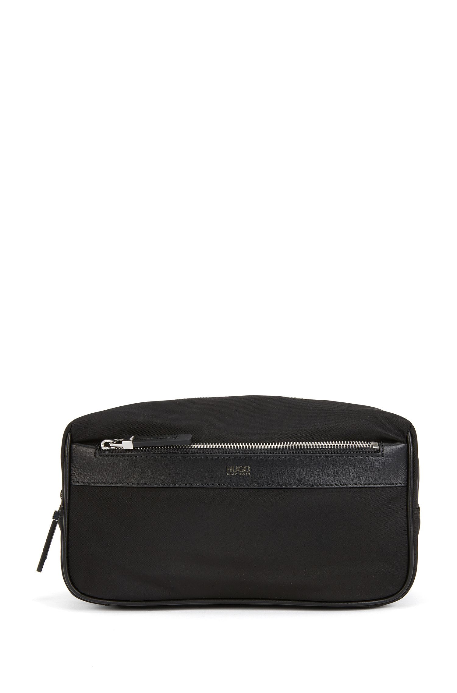 Washbag in nylon with leather trim