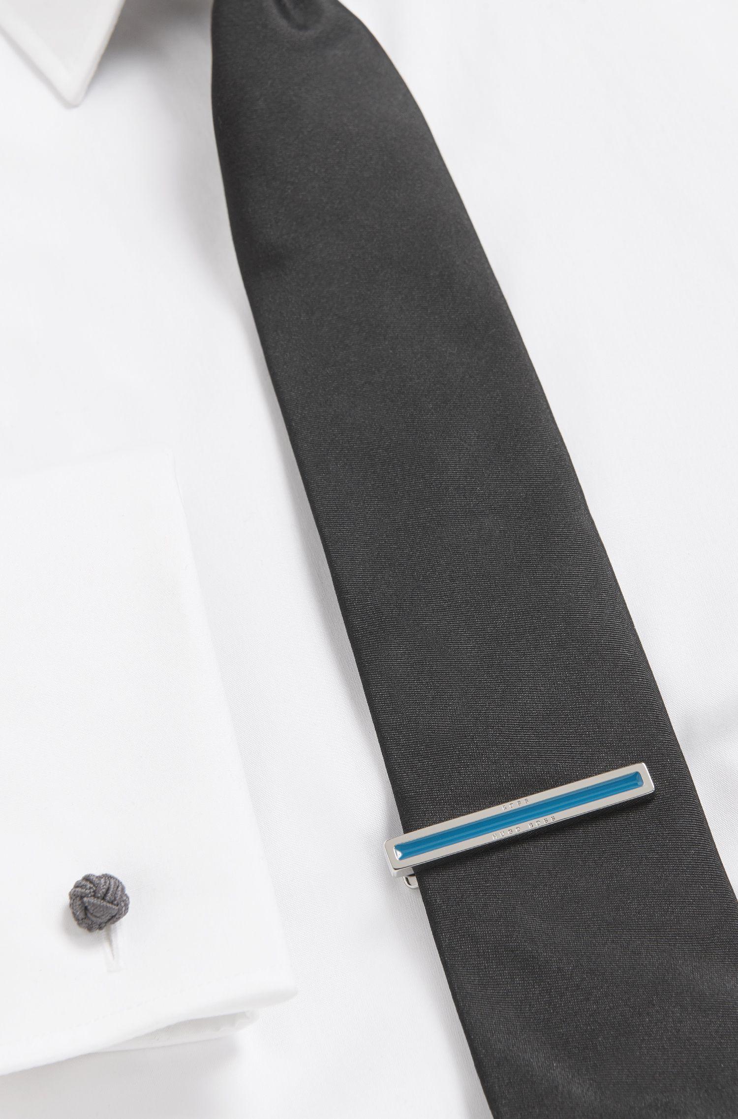 Krawattennadel aus Messing mit Emaille-Einsatz