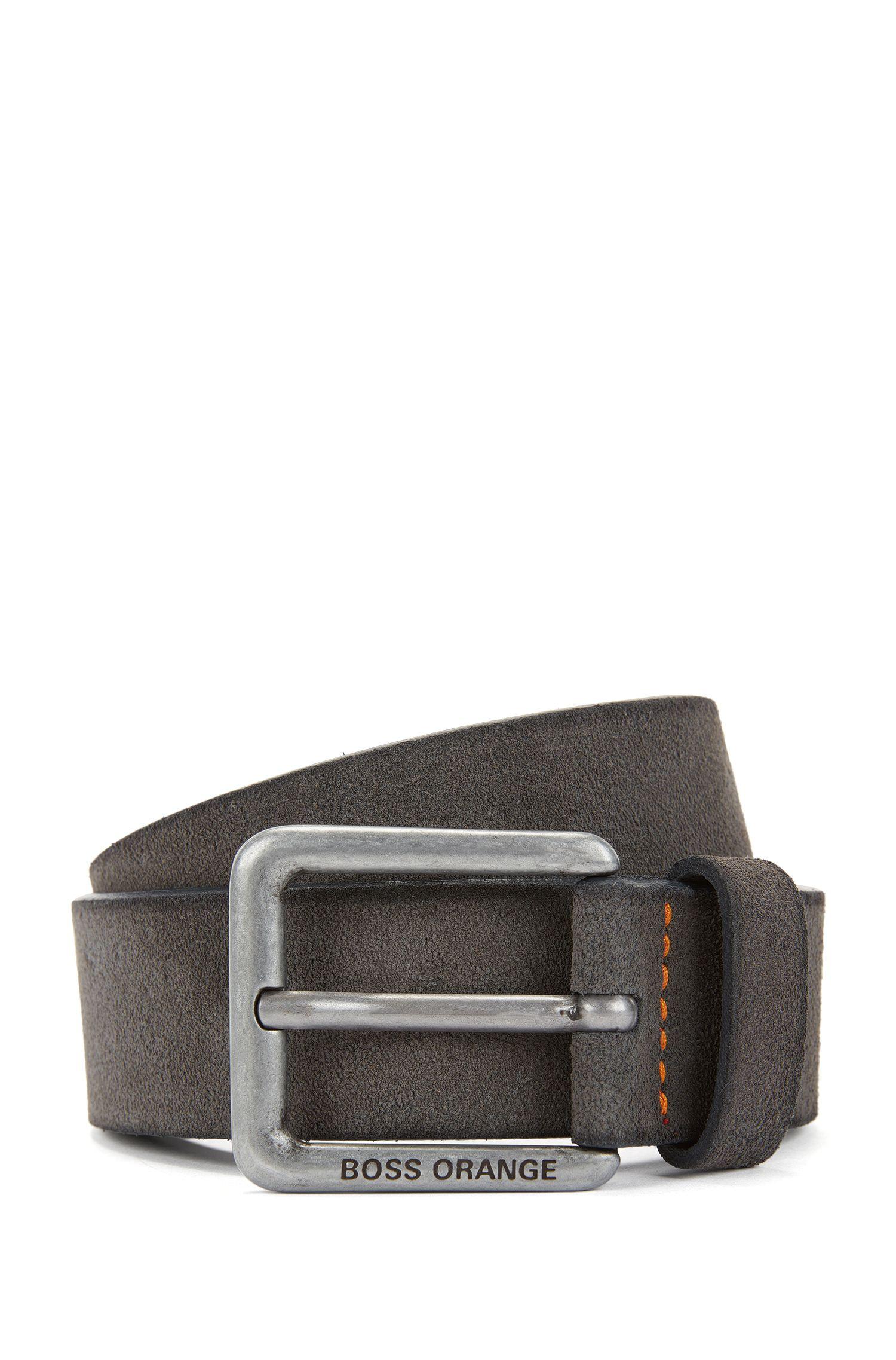 Cinturón de ante con detalles de costuras