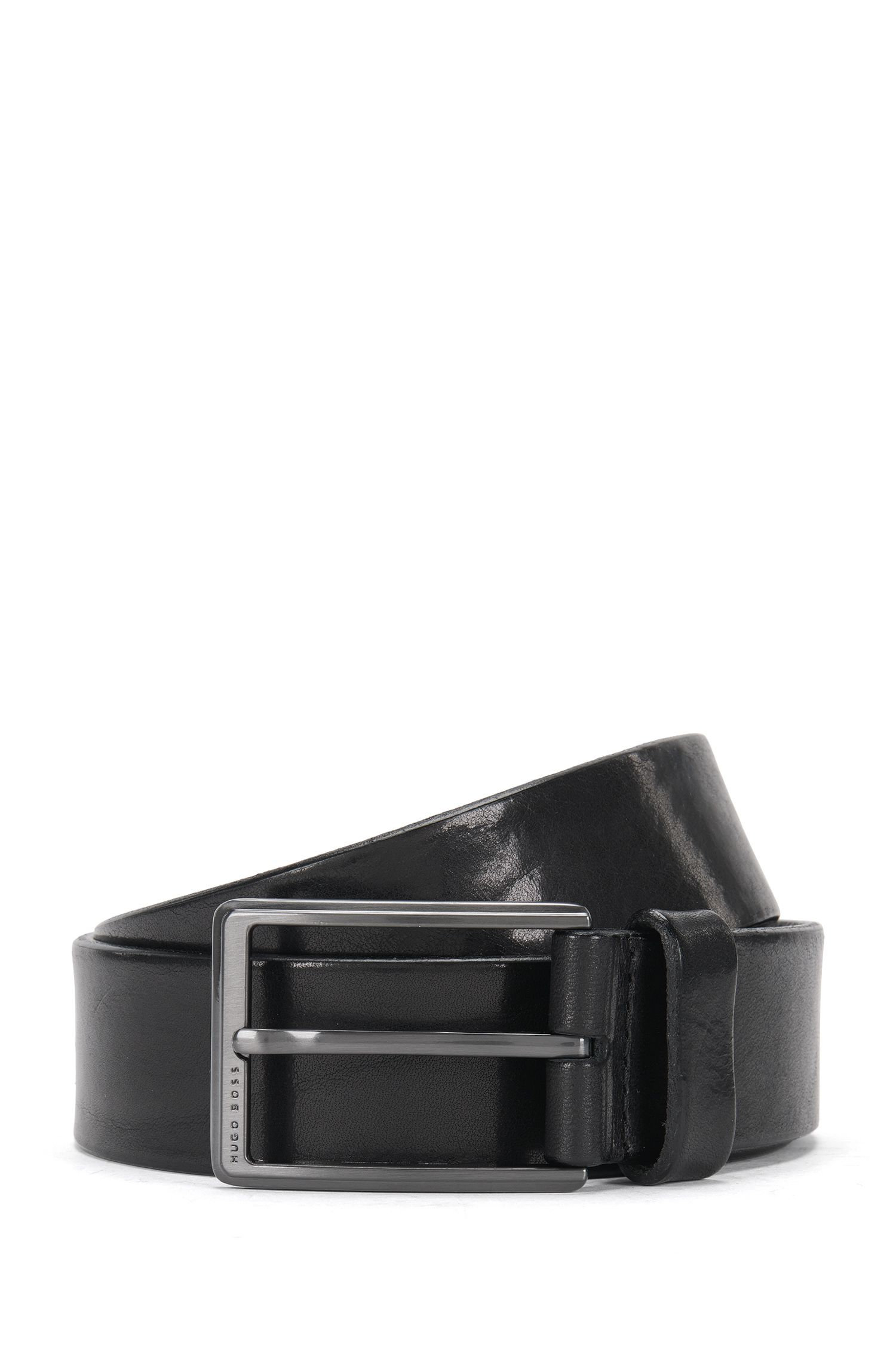 Belt in delicately embossed leather: 'Sammy_Sz35_Itpl'