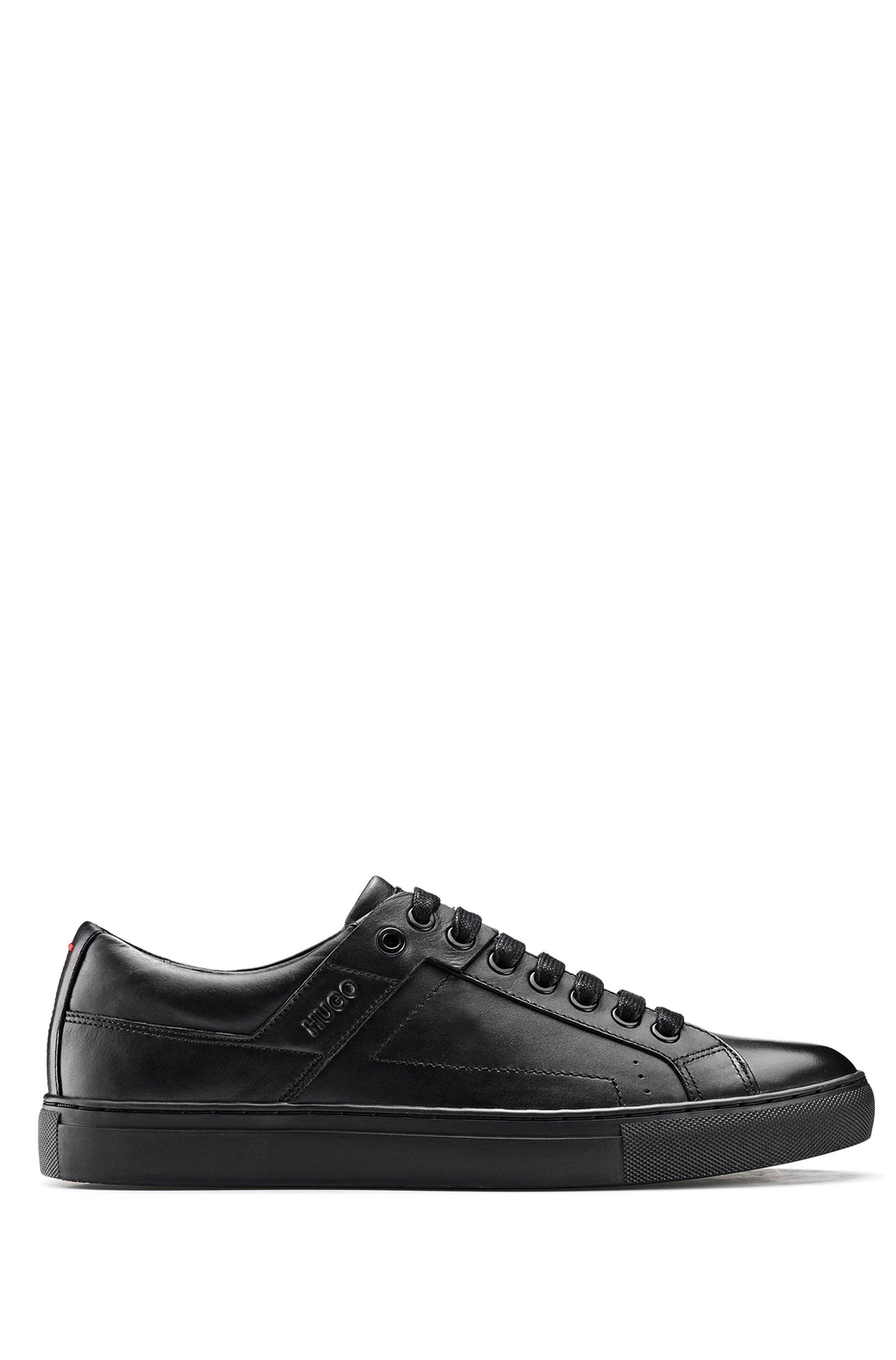 Sneakers in tennisstijl van nappaleer met rubberzool, Zwart