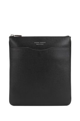 Signature Collection crossbody envelope bag in palmellato leather, Black