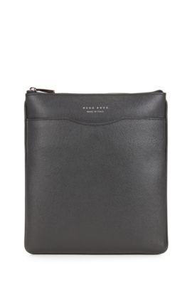 Signature Collection crossbody envelope bag in palmellato leather, Dark Grey