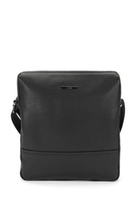 Reporter in leather: 'Element_NS zip', Black