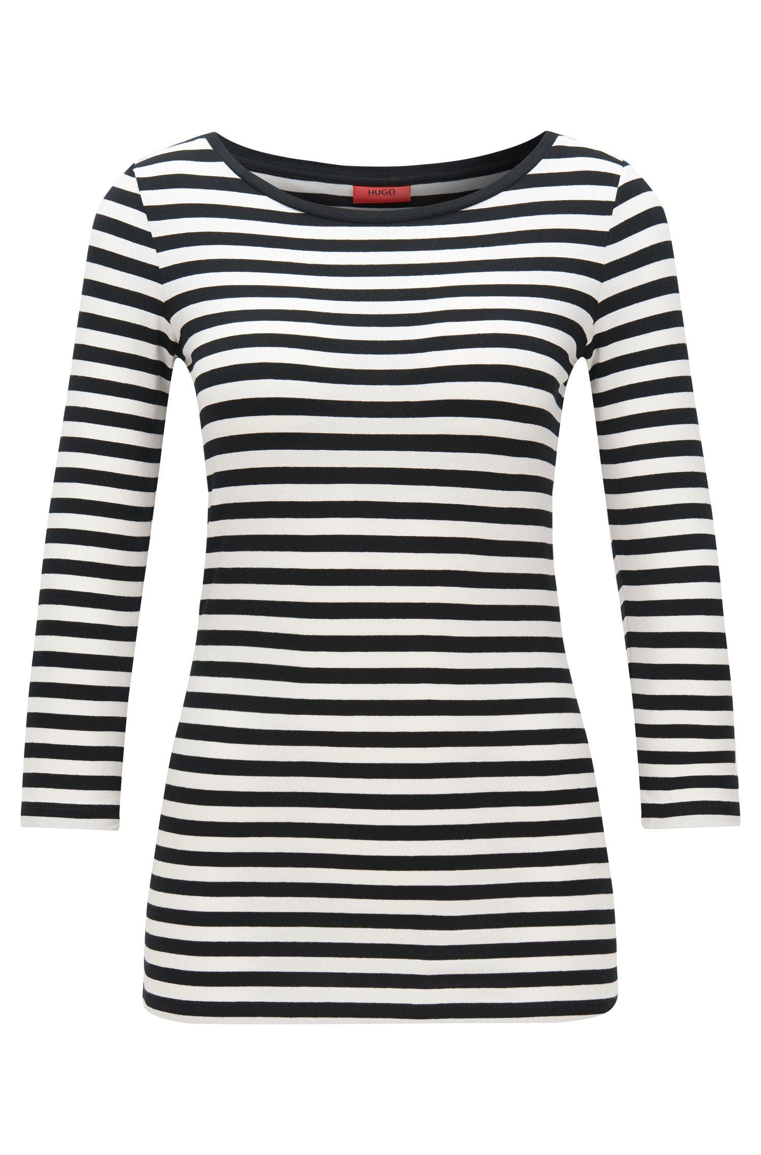 T-shirt Slim Fit en jersey à rayures, à encolure bateau